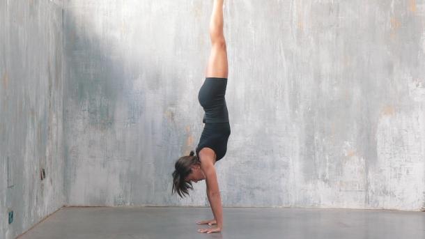 Transiciones desde y hasta handstand-small