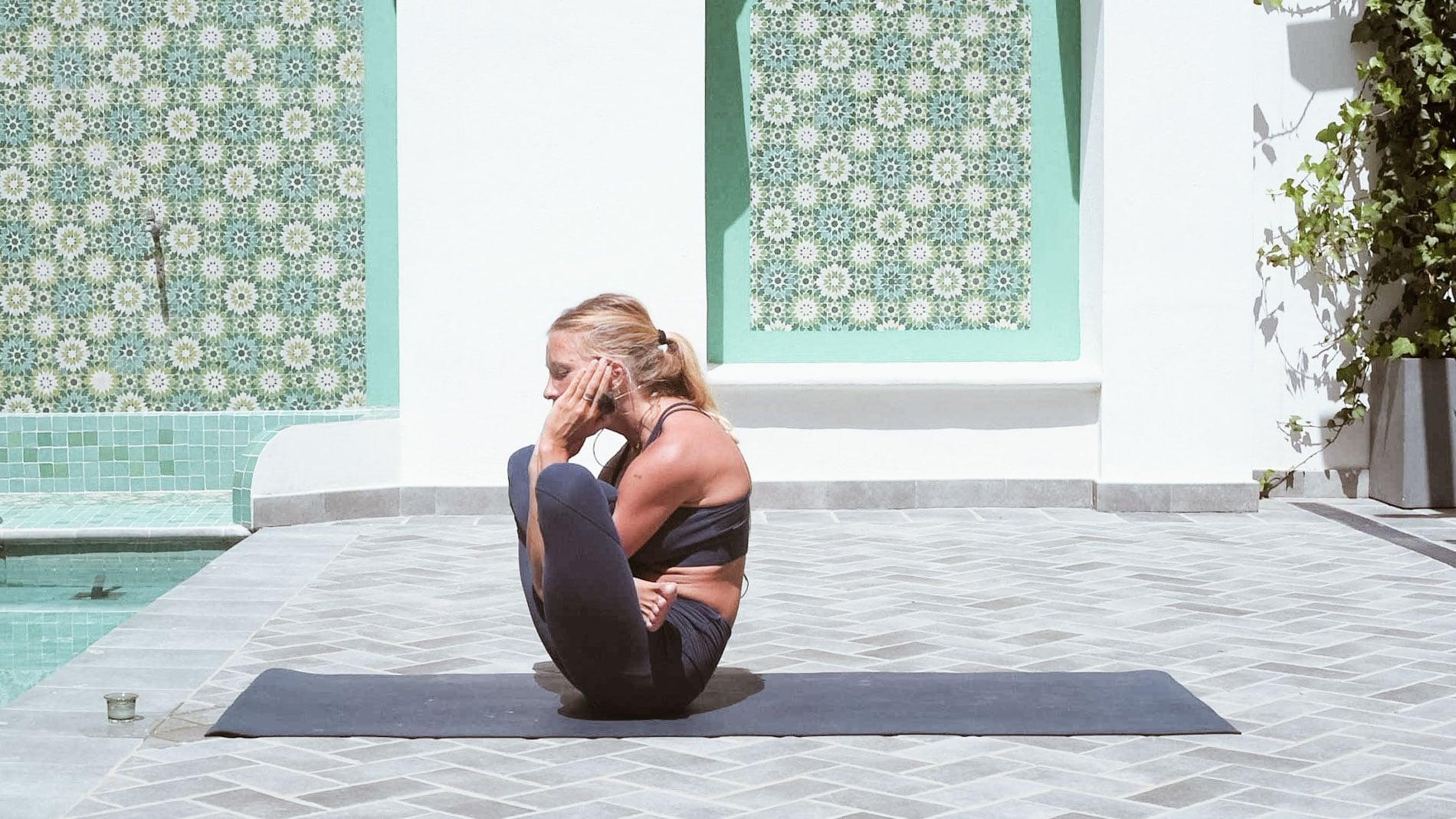 Qué es el ashtanga yoga