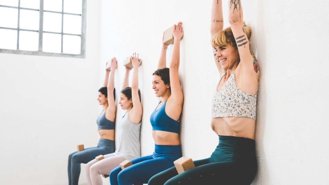 Yoga integral: una clase de yoga completa