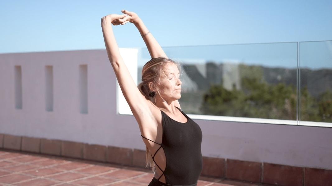 10 minutos de yoga por la mañana: cinco posturas