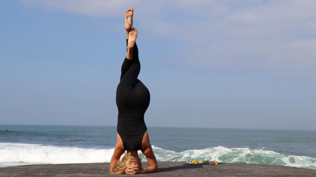 retiro yoga y surf
