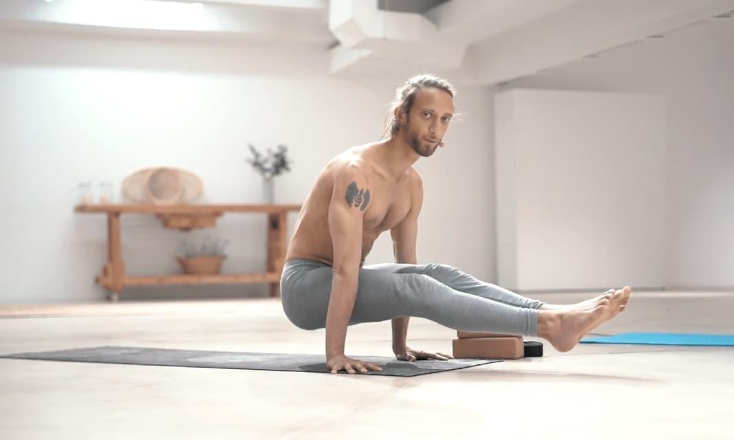 Cómo trabajar posturas de equilibrio en yoga
