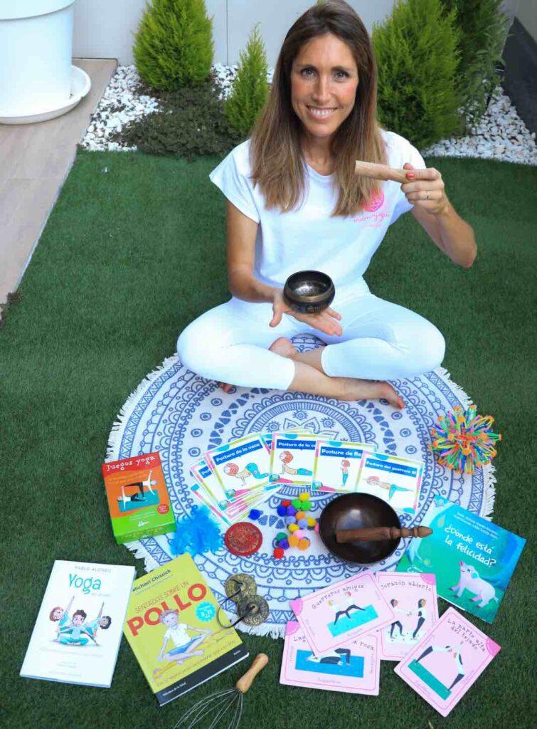 materiales para practicar yoga en familia