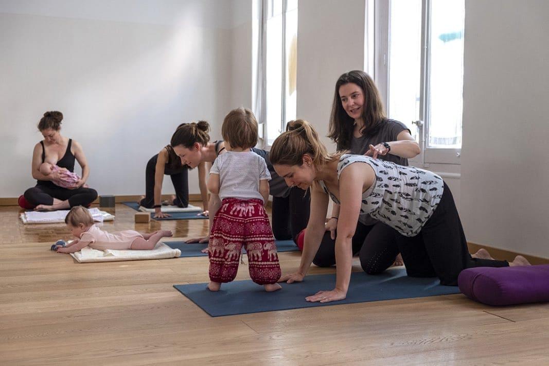 Descubre todo sobre yoga para mamás y bebés