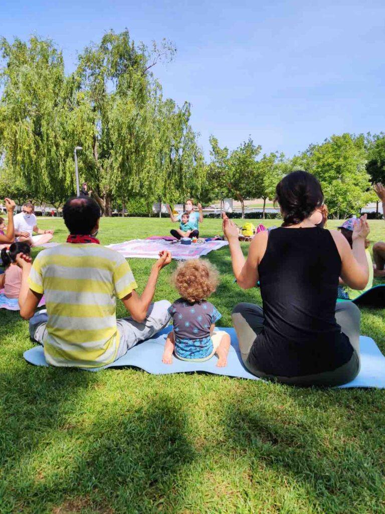 actividades para disfrutar del yoga con niños