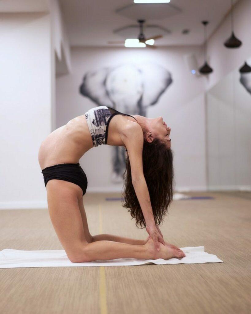 clases de bikram en barquillo Madrid. qué significa hot y qué clases de yoga hay