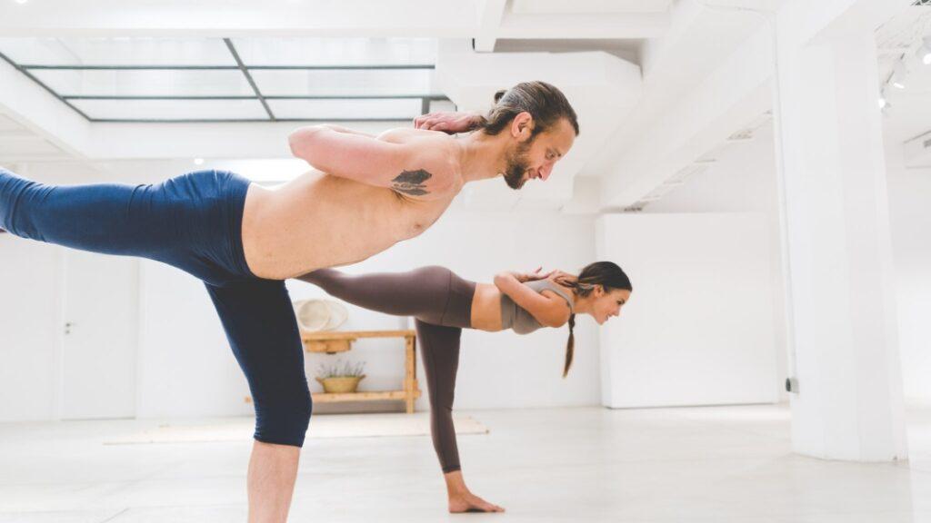 numerosos programas de yoga gratis de todos los tipos y para todos los niveles