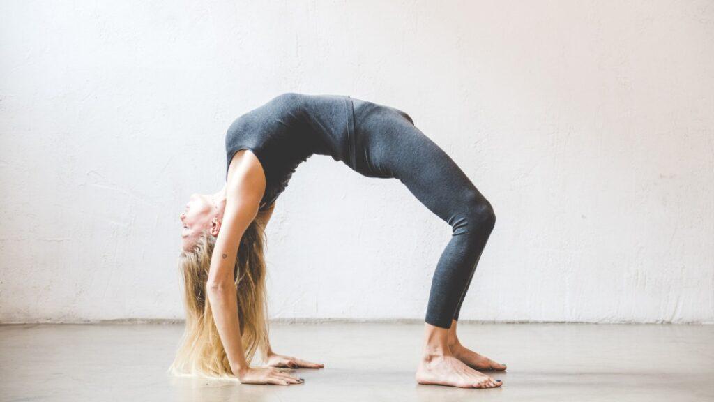 qué es yoga y cómo empezar a practicar