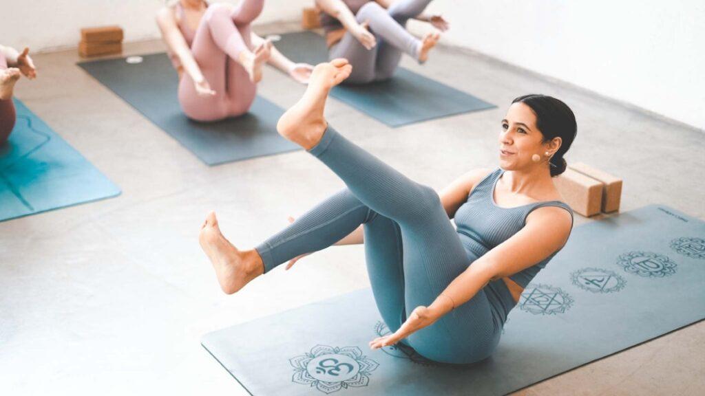 disfrutar de los programas de yoga para principiantes en theclassyoga