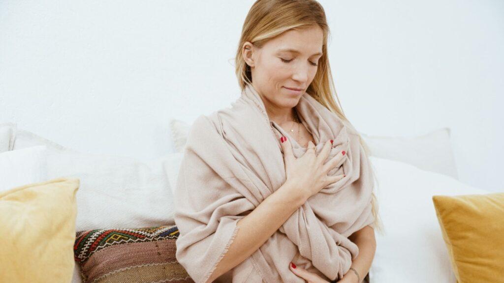 bienvenido a medita: aprende cómo es una meditación en español
